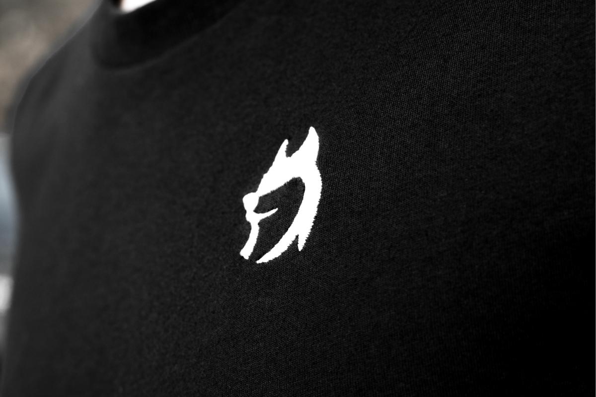 "Husky T-Shirt ""Generation II"" - DETAIL"
